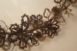 hair-wreath-detail-small