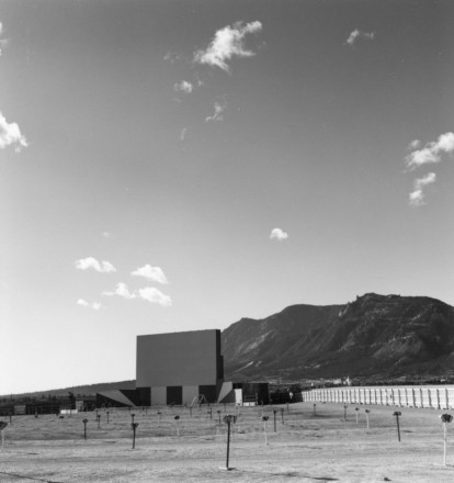 Outdoor Theater and Cheyenne Mountain, Colorado Springs, Colorado, gelatin silver print, 1968. Copyright Robert Adams, courtesy of Fraenkel Gallery, San Francisco and Matthew Marks Gallery, New York.
