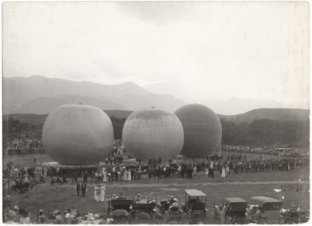 """Balloon Races"" by Stewarts Commercial Photographers, August 29, 1912. Copyright Pikes Peak Library District, courtesy of Special Collections. Image Number: 013-10460."