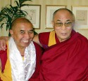 Khen Rinpoche Lobzang Tsetan (L) and the Dalai Lama (R). Courtesy Panchen Lama-Tashi Lhunpo Project